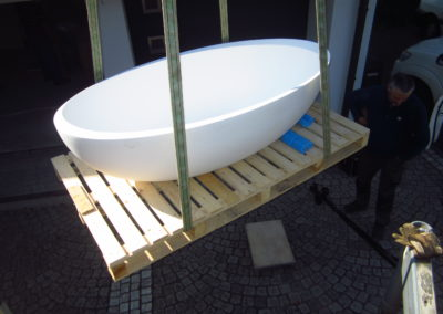 Lieferung Badewanne